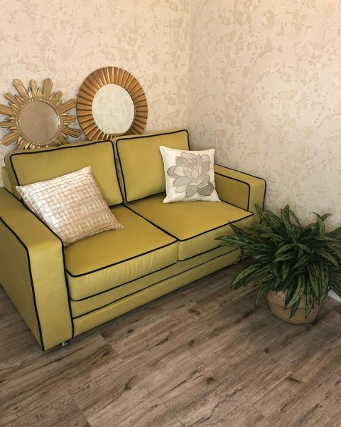 Угловой кухонный диван перетяжка в Азове