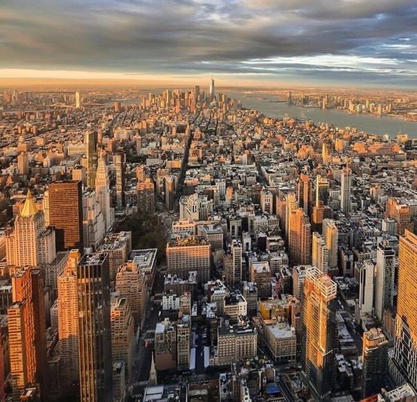 данных какой город изображен на фото был смотр строя