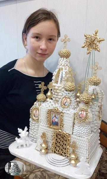 Кропотливая работа к Рождеству Вифлеемская звезда Выполнена из макарон