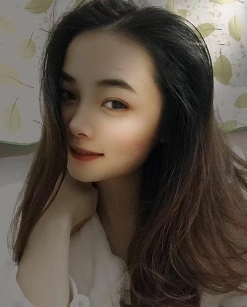 Долг - это святое В Китае вынесли приговор медсестре, которая убила, расчленила и приготовила коллегу-врача, вымогающего у неё секс.25-летняя медсестра Ли Фэнпин была вынуждена вступить в