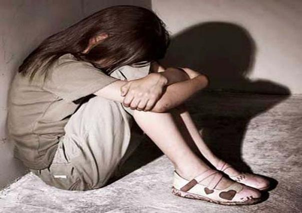 бесплатное порно изнасилование маленьких девочек